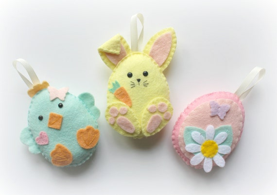 Make your own felt easter friends garland kit easter decorations make your own felt easter friends garland kit easter decorations sewing pattern easter gifts easter tree felt garland easter bunny negle Gallery