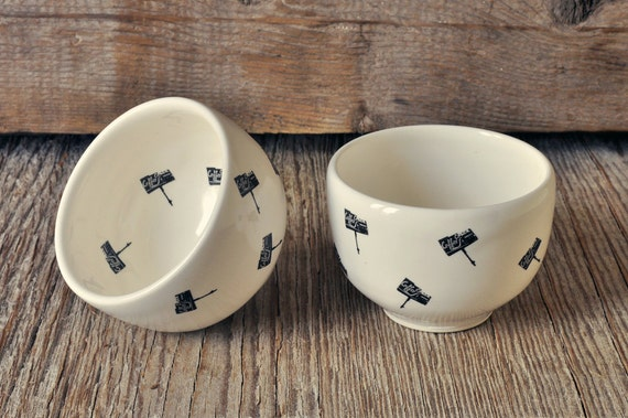 Set of 2 porcelain espresso/tea cup with vintage COFFEE SHOP signs