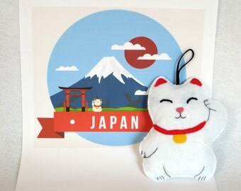 Maneki Neko, japanese lucky charm, door hanger, felt ornament, lucky charm cat, cremaillere hanging gift, japanese cat, home decor, felt cat