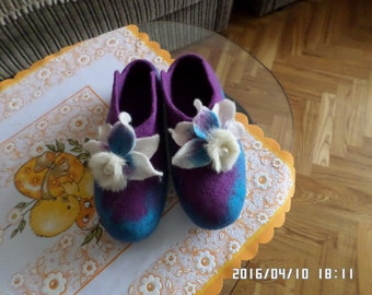 Handmade eco friendly felted slippers from natural wool -blue/violet