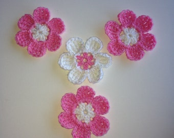 Set of 4 Crochet pink and white flowers