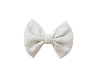 Heather cream baby bow clip, baby clippie aligator, toddler headpiece bow, baby hair accessory