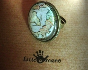 "Ring in the collection ""Il viaggiatore"" (Italy map)"