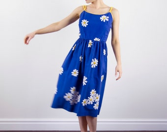 Vintage 1970s Daisy Sundress / JENNI Dress / Cobalt Blue / Cotton Dress / Full Skirt / S/M
