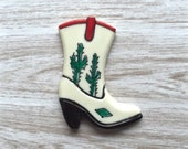 Cowboy boots pin brooch -  Bakelite celluloid Reproduction  - Fakelite -  1930s - 1940s