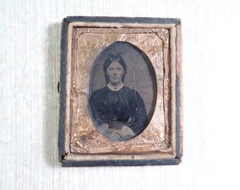 Vintage Daguerrotype Photograph in Frame