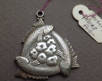 Silver Pisces fob