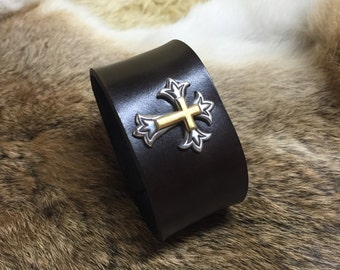 Leather cuff/bracelet with metal cross