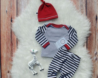 Take home outfit/  Black & white stripes/  Coming home outfit/  Baby boy clothes/  Baby shower gift/  Newborn take home set/  New baby gift