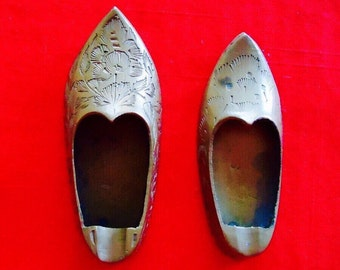 2 Tiny Brass Shoe Ashtrays Made in India Vintage