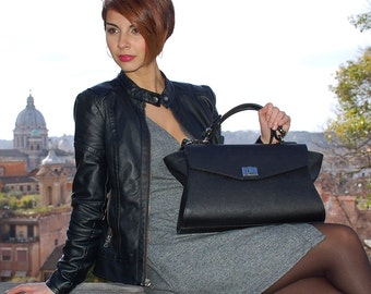 Saffiano Leather handbag. Italian Handcrafted Black Cross Body bag, Exclusive leather for its unique design. Perfect Gift for daughter