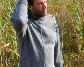 Alpaca sweater for men by KNITOMANIAC with turtle neck