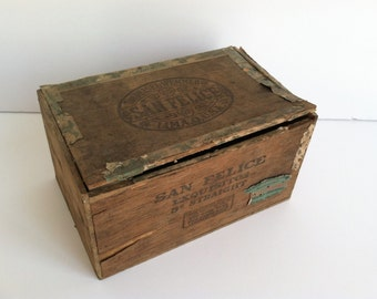 Vintage San Felice Wooden Cigar Box, Nailed Wood Box, Exquisitos,The Deisel-Wemmer Co Lima,O Rustic Shabby Antique Cigar Box Collectible Box