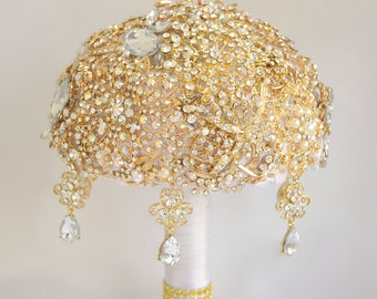 Gold rhinestone bridal wedding brooch bouquet, Ivory bouquet, Bridal bouquet, Gold jewelry bouquet, Crystal bouquet, Bouquet with brooches.