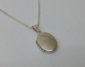 Small silver Medallion Silver 925 pendant SK383