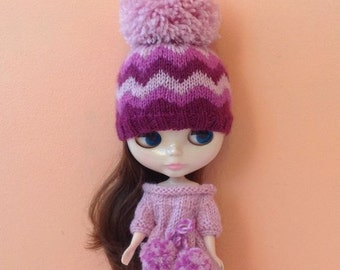 Hat pink for Blythe with an ornament and Pom Pom, Blythe hat knitted, Hat for Blythe with Pom Pom, Doll beanie knitted, Blythe Clothes