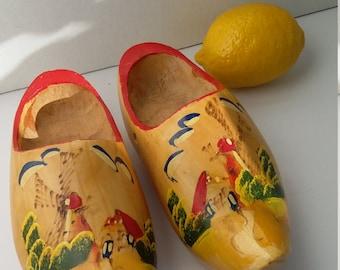 Dutch shoes, wooden shoes, folk wall decor, Holland shoes, hanging wooden shoes, wooden Dutch shoes