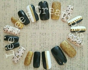 Pretty Beastly Hand Painted 18pc Nail Set
