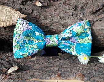 Floral blue bow tie.