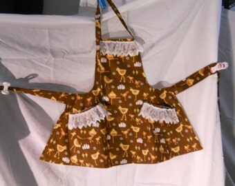 Child size chicken and lace apron