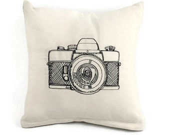 Camera Pillow, Photography Pillow, Photographer Gift, Throw Pillow, Decorator Pillow, Hobby Pillow, Housewarming Gift, photography gift
