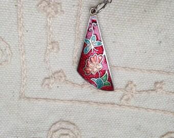 Cloisonne pendant, red cloisonne pendants, vintage red cloisonné jewelry, cloisonné pendants, vintage cloisonné jewelry, red cloisonne N139
