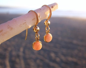 Coral Earrings, Genuine Coral Jewelry, Peach Gemstone Earrings, Beach Jewelry, Natural Coral, Orange Earrings, Drop Earrings, Coral Jewelry