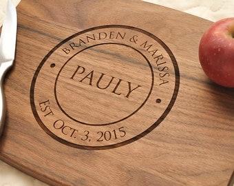 Personalized Cutting Board - Custom Cutting Board, Personalized Wedding Gift, Housewarming Gift, Anniversary Gift, Monogram, Engraved Walnut