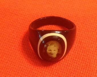 Vintage 1940's Bakelite / Celluloid Mourning / Prison Ring