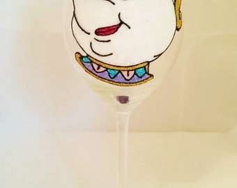 Beautifully Hand Decorated Glitter Glass - Beauty & The Beast Inspired 'Mrs Potts' Glass