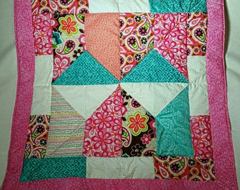 Small quilt/wall hanging