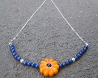 Handmade daisy necklace