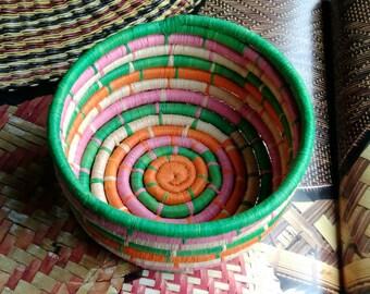 Storage fibre multicolor natural raffia basket