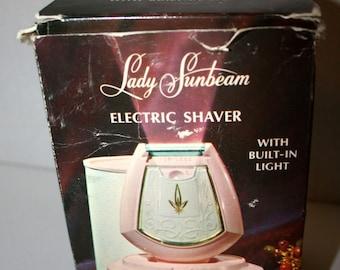 1950s Lady Sunbeam Electric Shaver//Model LS5B With Built in Light//Boudoir Case//Vintage Electric Shaver