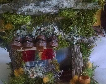 Woodland cabin, miniature cabin, rustic miniature cabin