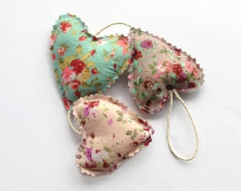 Floral Hanging Hearts