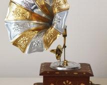 Home Decor Brass Showpiece Gramophone - Miniature