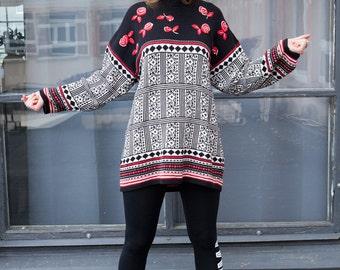 Vintage 90's Scandi Style Sweater (L)
