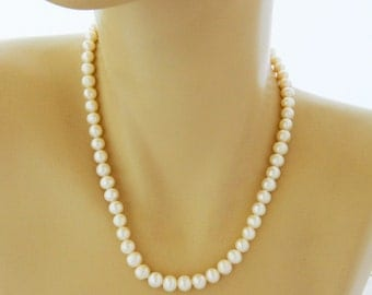 Vintage Freshwater Pearl Beaded Choker Necklace 17""