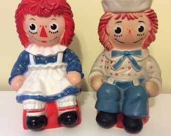 Vintage - Raggedy Ann and Andy Coin Banks