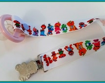 Pacifier Clip, Pacifier Holder, Soothie Clip, Baby Christmas Gift, Jim Henson Muppets Babies, baby boy girl gift, dummy clip, shower gift