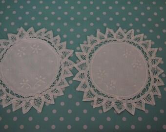 Pair vintage lace round doilies