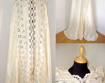 Embroidered taffeta  cape  with hood fantasy wedding