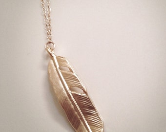 Feather Layer Necklace, Long Feather Necklace, Gold Feather Necklace, Layering Necklace, Minimalist Jewelry, Simple Necklace