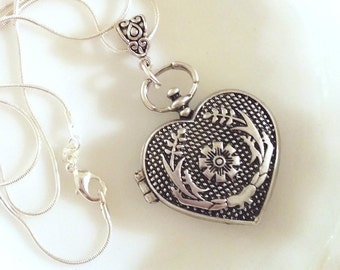 Vintage Heart Locket / Locket Necklace / Vintage Locket / Silver Locket / Heart Necklace