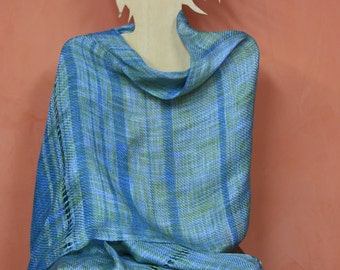 Linen and rayon in handloom woven shawl