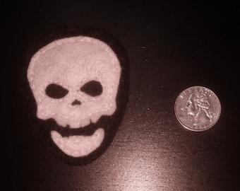 Skull Felt Pin