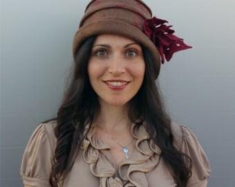 Felt hat of merino wool, hand felt yoke, 1920s hat, Layla