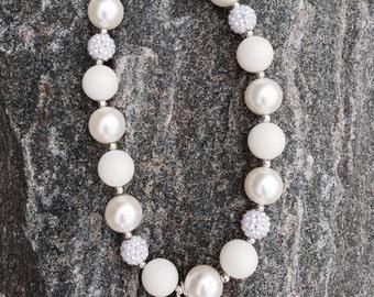 Cinderella chunky necklace, bubblegum necklace, Princess carriage, girls necklace, birthday necklace, rhinestone carriage, princess necklace