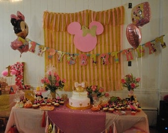 Minnie Mouse Backdrop- Minnie Mouse Pink and Gold Background